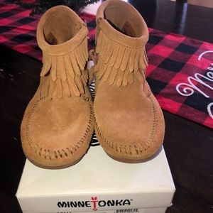 Girls Minnetonka ankle boots